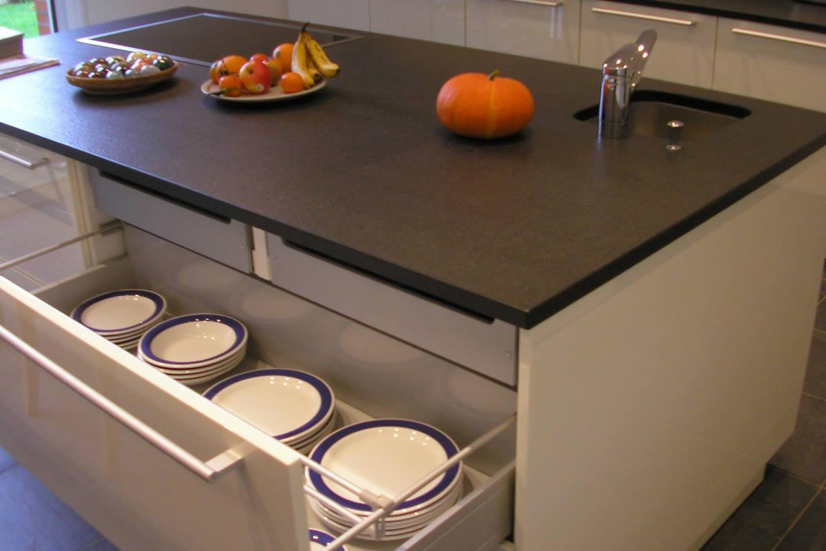 Tiroir cuisine elegant tiroir de rangement panier for Panier meuble cuisine