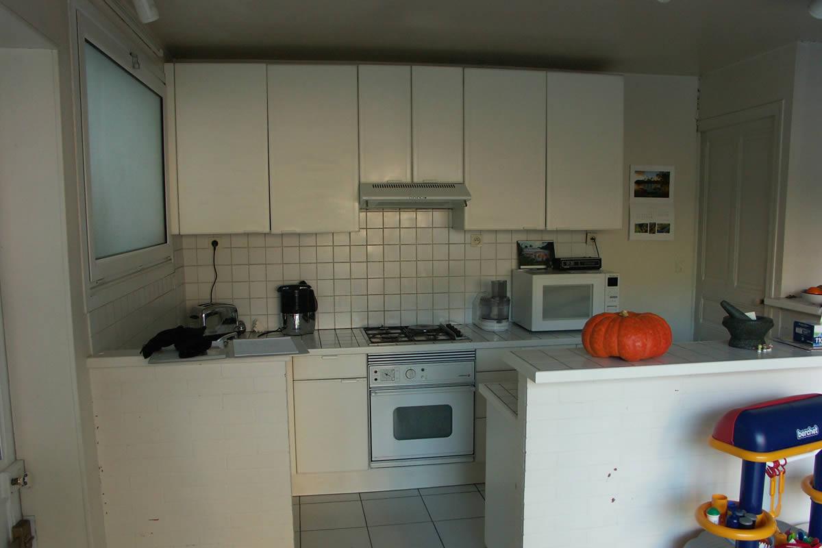 r novation de cuisine cholet yves cl ment cuisine en noir et blanc. Black Bedroom Furniture Sets. Home Design Ideas