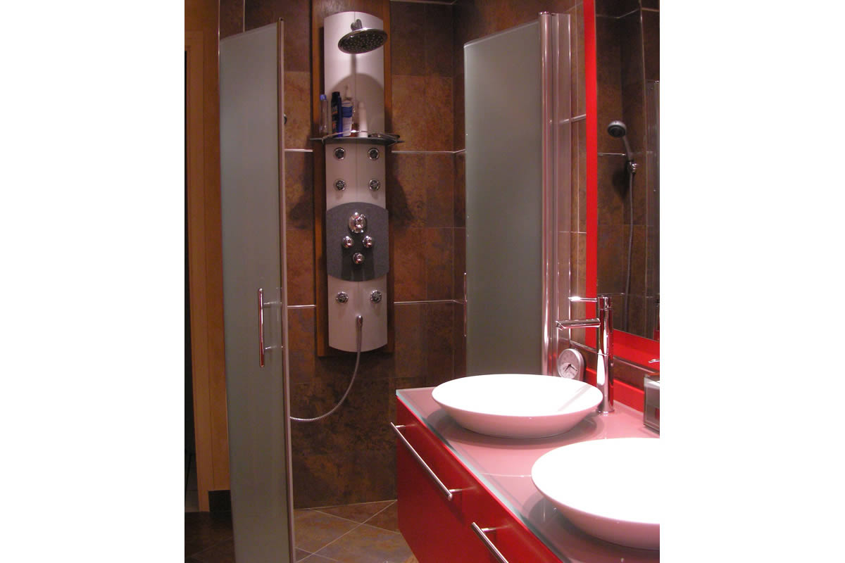 Architecture int rieure salle de bain cholet yves cl ment architecte int - Douche a jets massants ...