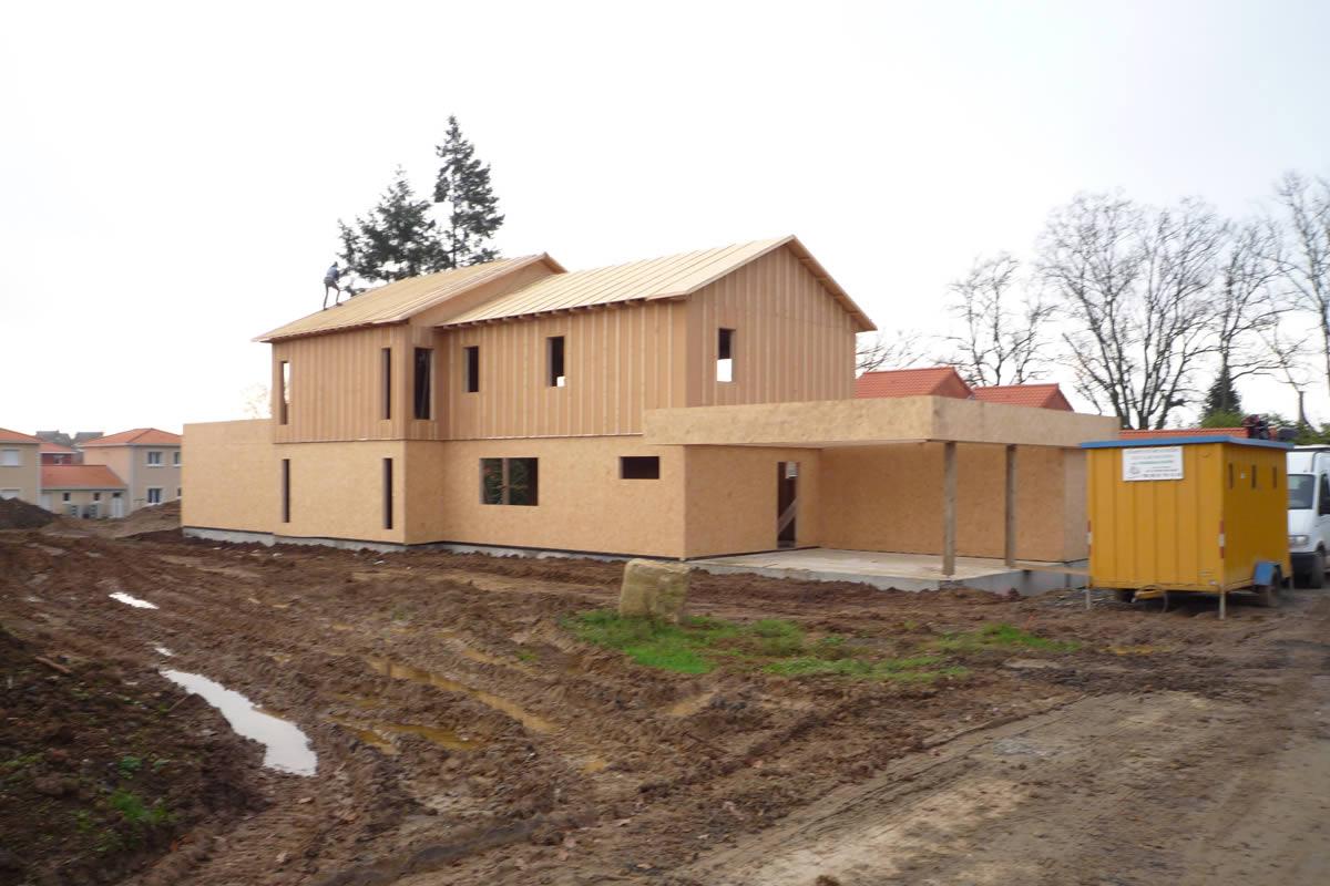 Construction de maison ossature bois yves cl ment for Construction maison obligation architecte