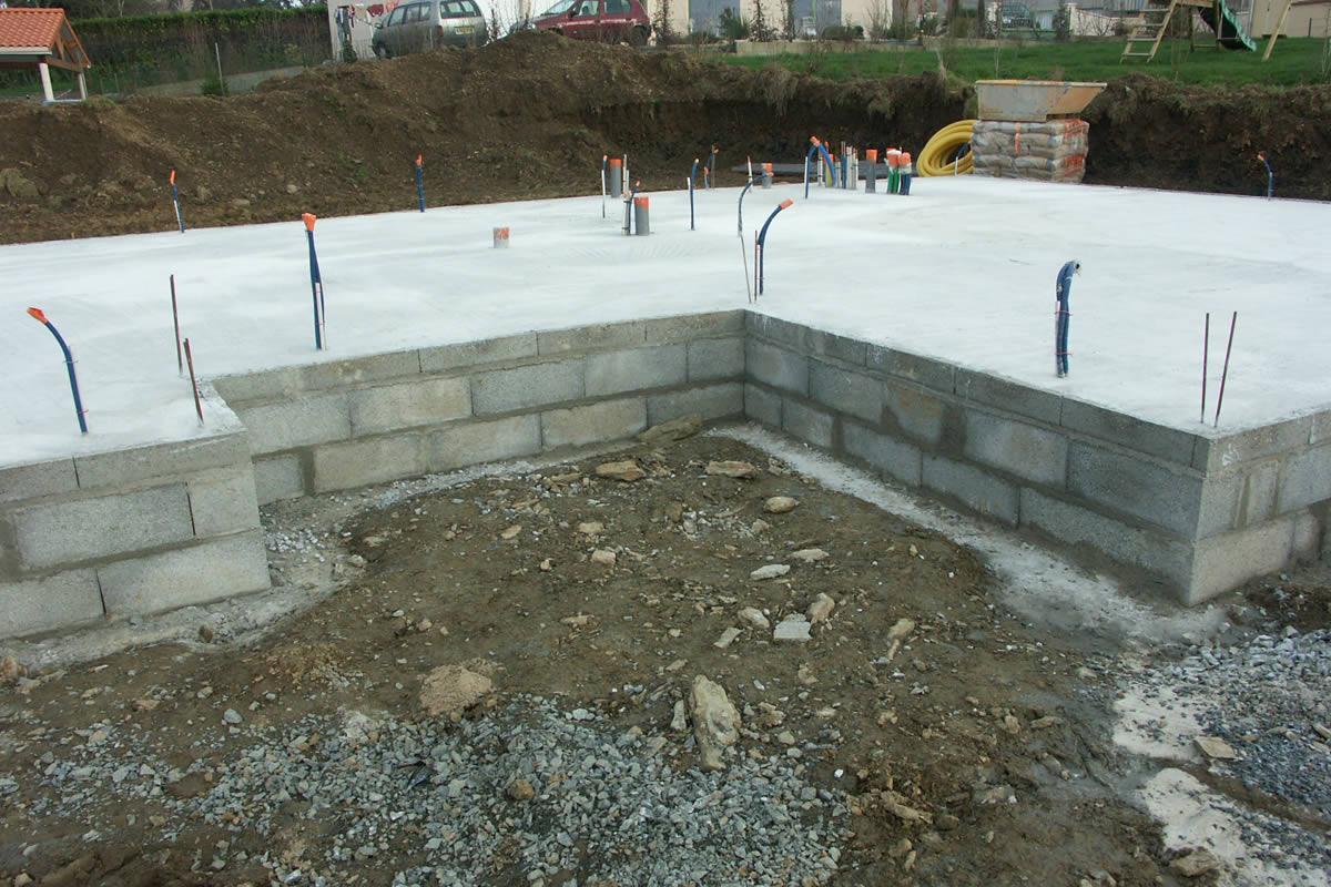 Construction de maison locative chemill yves cl ment for Neuf construction