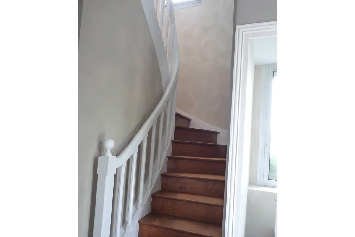 Peindre Une Cage D Escalier En 2 Couleurs rénovation séjour et cage d'escalier - yves clément